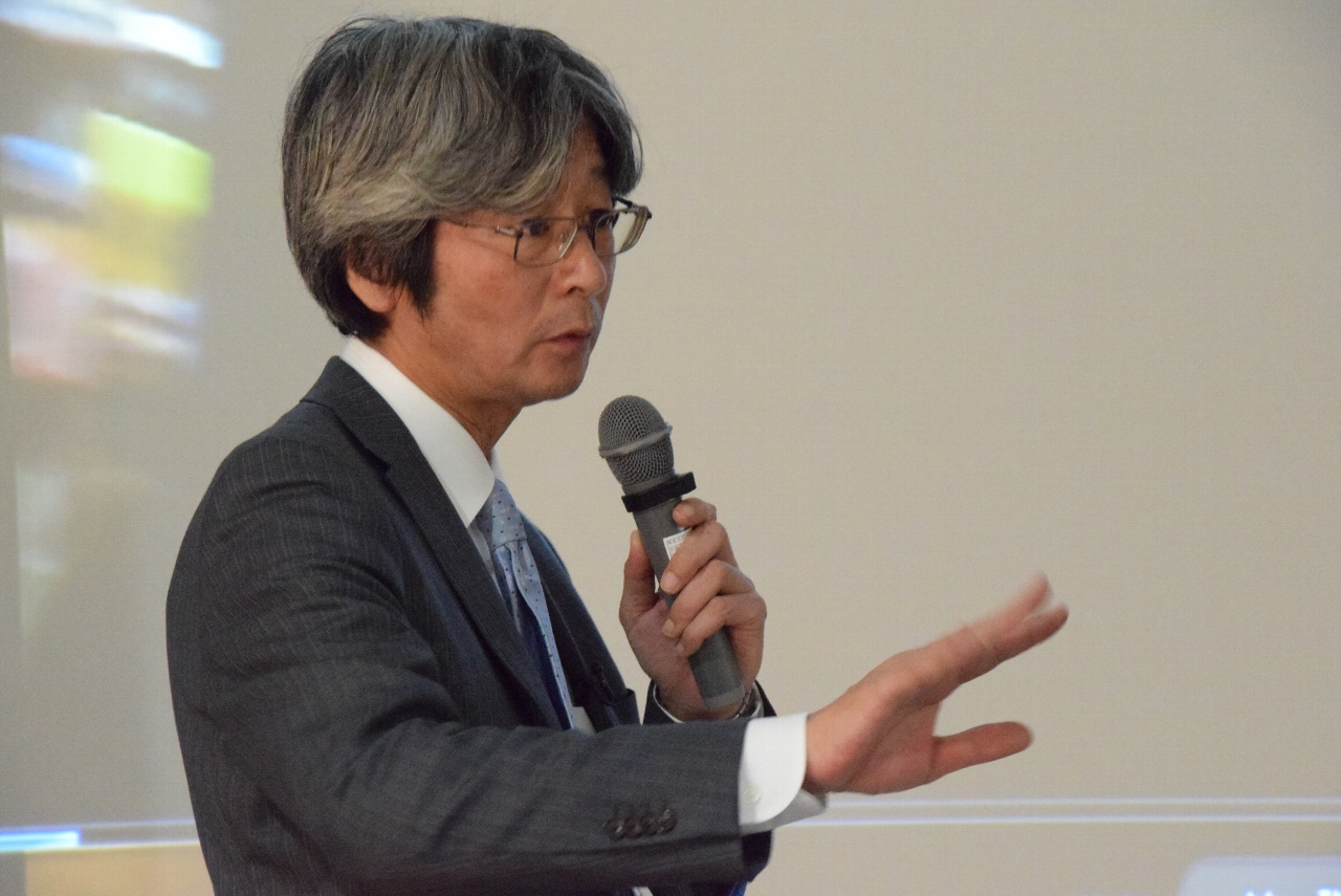 菊池省三プロフィール写真2016.JPG